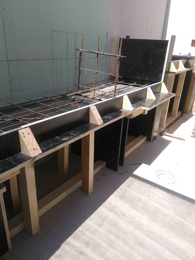 Construcción de mesones de Quincho: Terrazas  de estilo  por Tu Obra Maestra