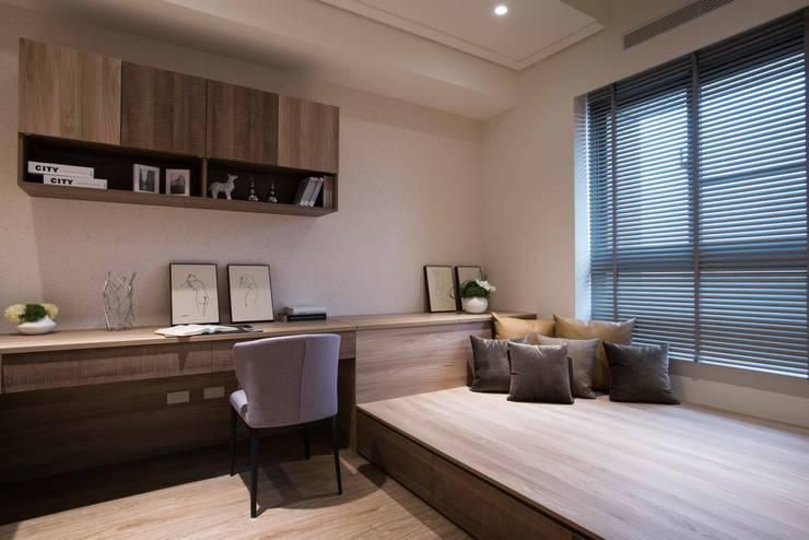 Phòng ngủ by 立禾空間設計有限公司