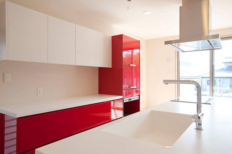 すべての家電を収納させたキッチン: K FORMが手掛けたキッチンです。