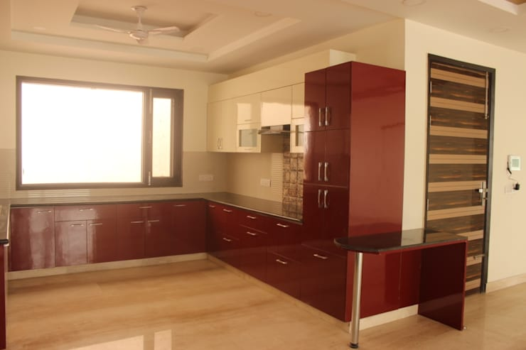 Full house Architecture & Interior Designing: modern Kitchen by Prodigy Designs