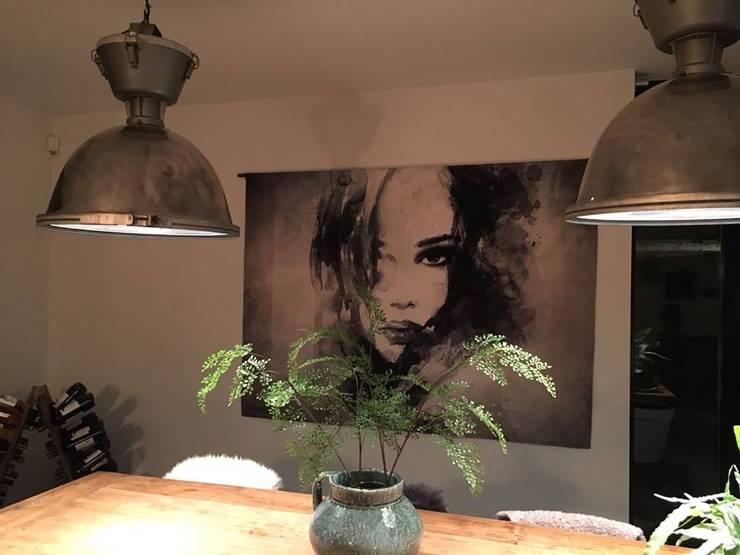 Wanddecoratie The Look:  Muren & vloeren door Sfeerberg wonen & meer