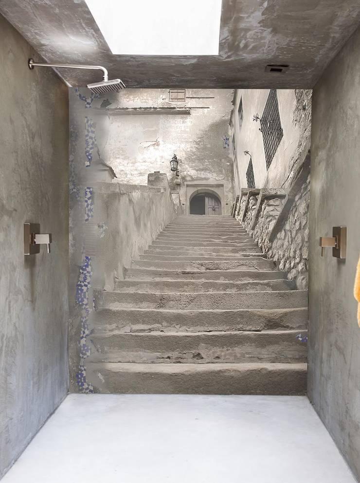 stairs: Bagno in stile  di Creativespace