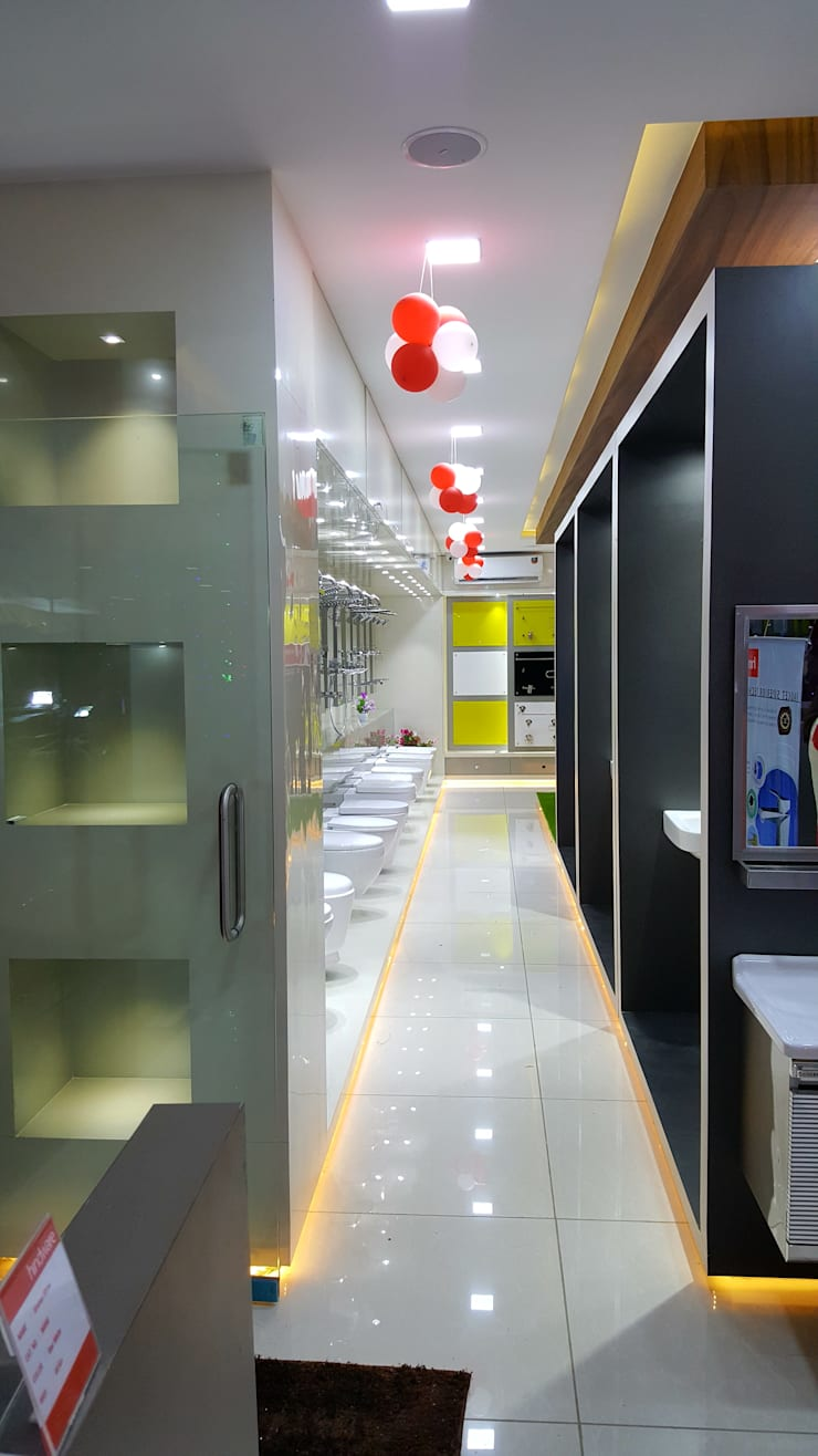 display units:  Commercial Spaces by Sahana's Creations Architects and Interior Designers,Modern