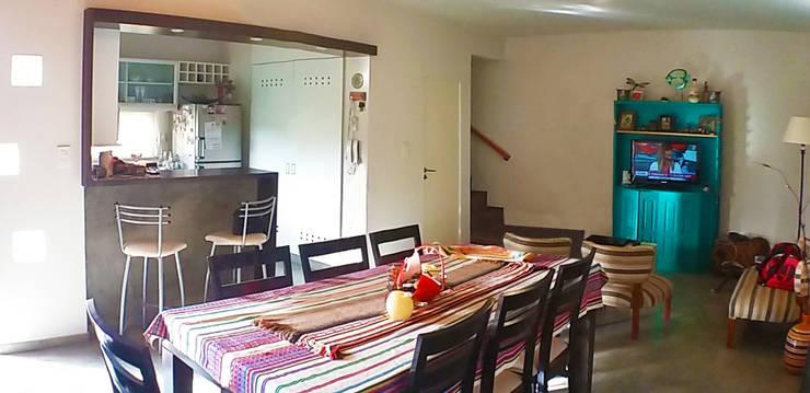 Casa en Funes IV: Casas de estilo  por ELVARQUITECTOS