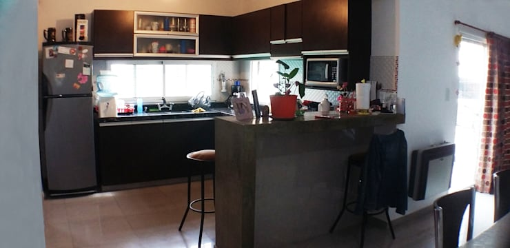 Casa Tierra de Sueños 3: Cocinas de estilo moderno por ELVARQUITECTOS
