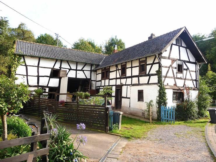 Rumah by pickartzarchitektur