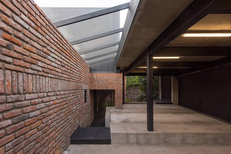 Casa AR: Casas de estilo  por ARCO Arquitectura Contemporánea