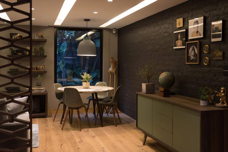 Casa AR Comedores de estilo moderno de ARCO Arquitectura Contemporánea Moderno