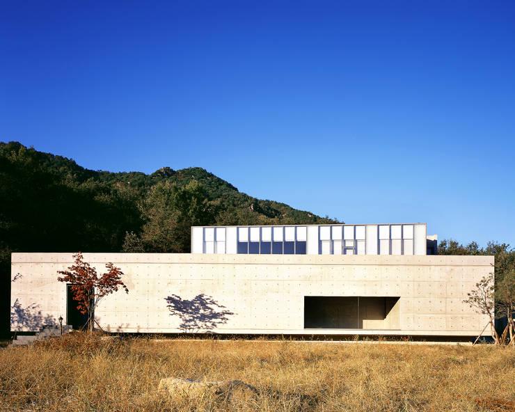 와촌 도자기공방: 건축사사무소 힘의  주택,