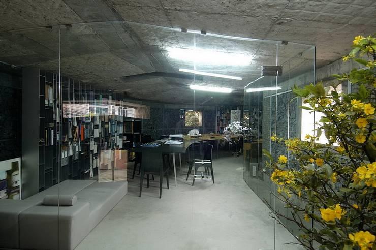 Rock Office – Văn phòng đá:  Tòa nhà văn phòng by a21studĩo