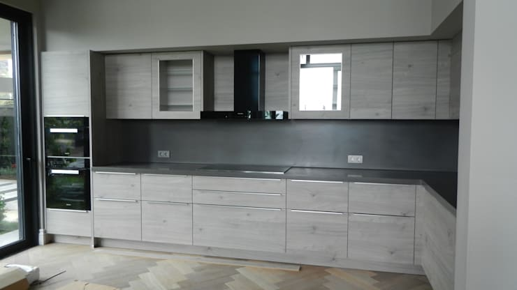 modern Kitchen by Klas Mimarlık
