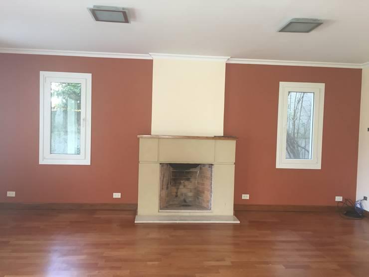 ANTES- Living room:  de estilo  por Estudio CRUDO,