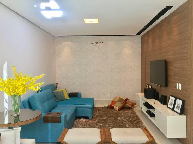 غرفة الميديا تنفيذ Collevatti Arquitetura