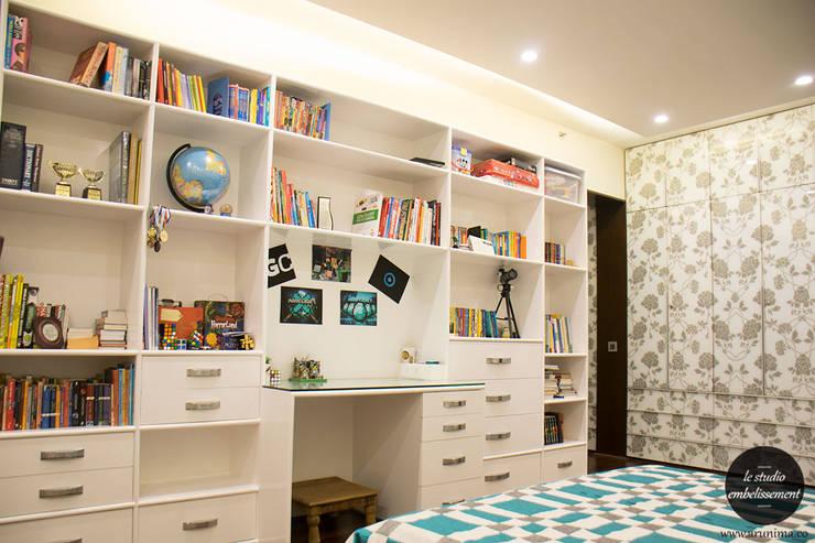 Kids Room:   by La Studio Embellissement