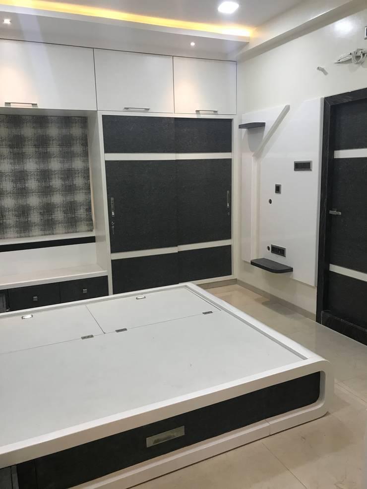 Luxury Interior Design  3 BHK Flat: minimalistic Bedroom by Nabh Design & Associates