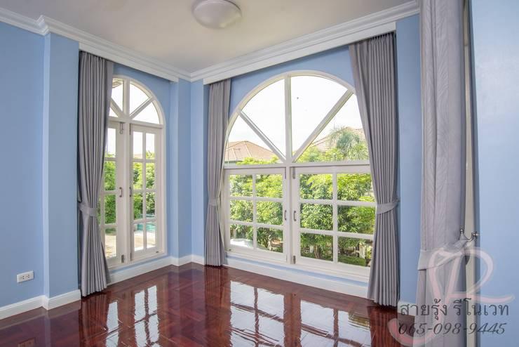 งานรีโนเวทและตกแต่งภายใน:  หน้าต่างและประตู by สายรุ้งรีโนเวท