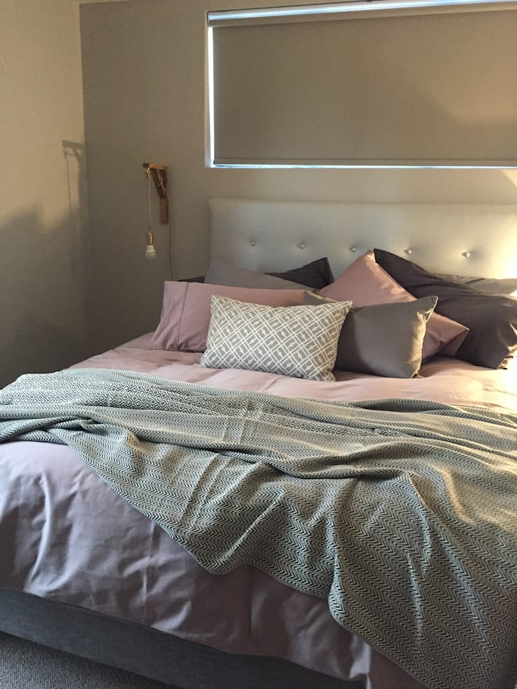3:  Bedroom by Duvenci Interiors