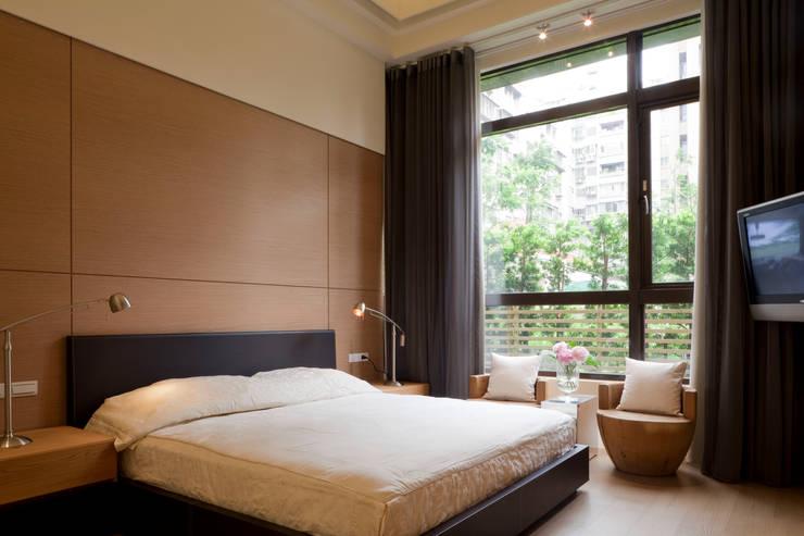 士林陳宅:  房子 by 四一室內裝修有限公司