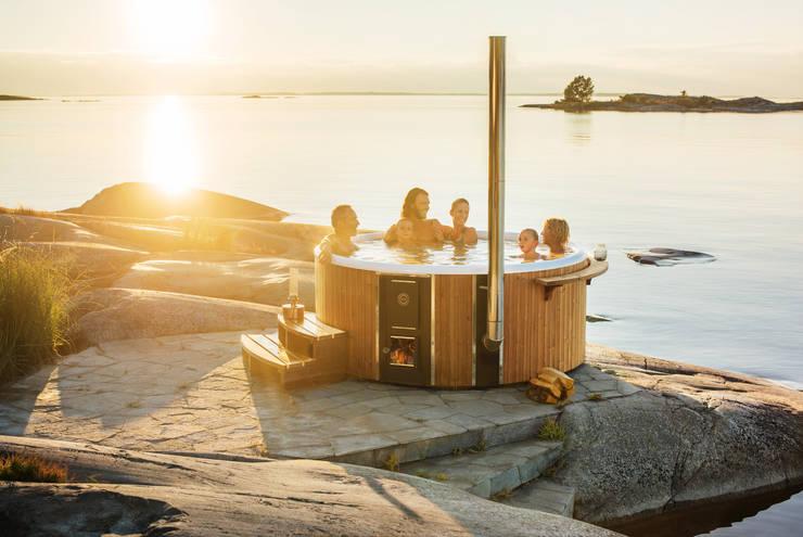Skargards Rojal :  Zwembad door Skargards Hot Tubs NL, Scandinavisch