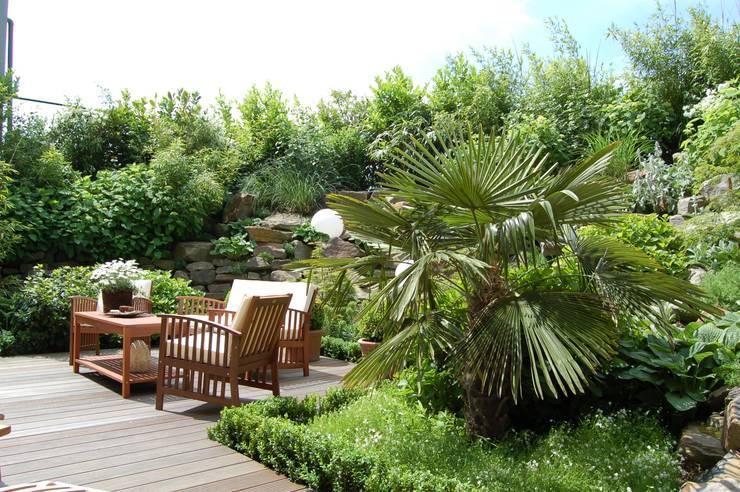 Jardins  por 2kn Architekt + Landschaftsarchitekt