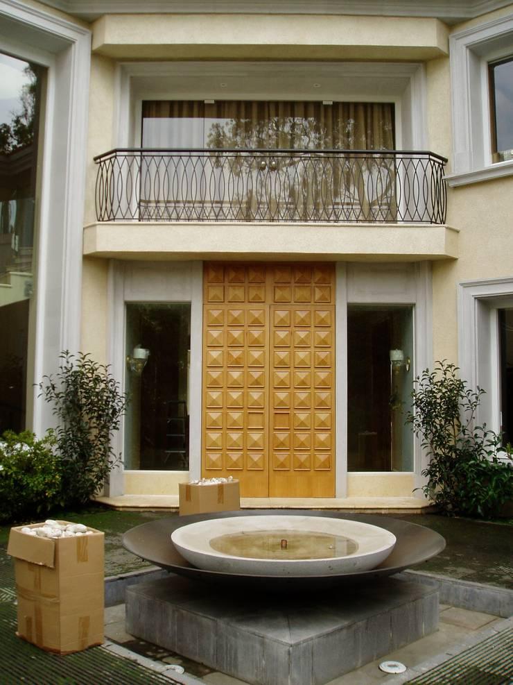 modern  by JMS DISEÑO DE INTERIORES MUEBLES Y CONSTRUCCION , Modern Solid Wood Multicolored