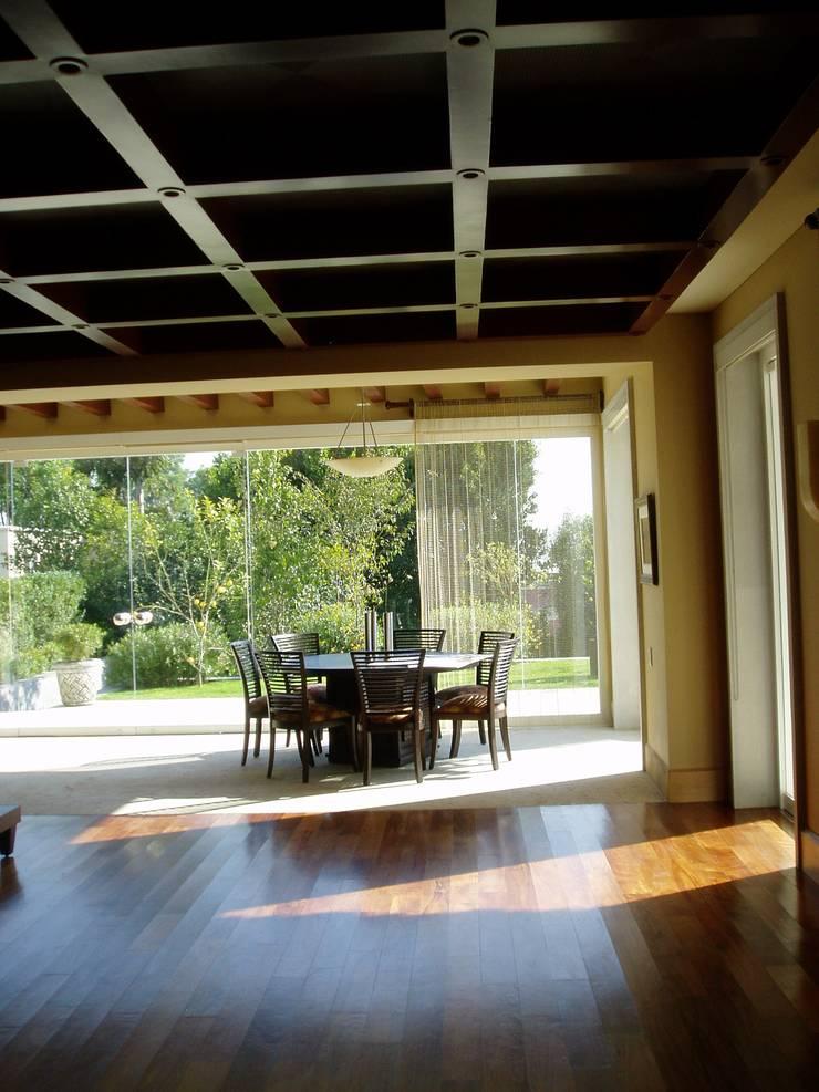 modern  by JMS DISEÑO DE INTERIORES MUEBLES Y CONSTRUCCION , Modern Wood Wood effect