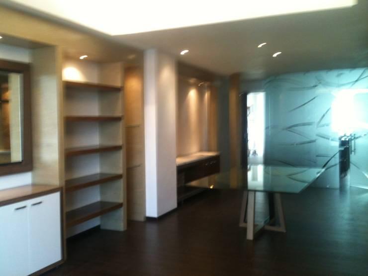 Living room by JMS DISEÑO DE INTERIORES MUEBLES Y CONSTRUCCION , Modern Wood-Plastic Composite