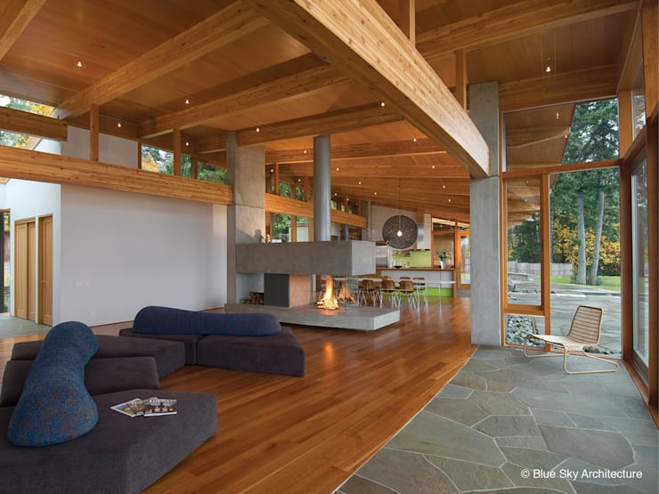 Living room by Helliwell + Smith • Blue Sky Architecture
