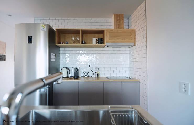 廚房 by bplusm