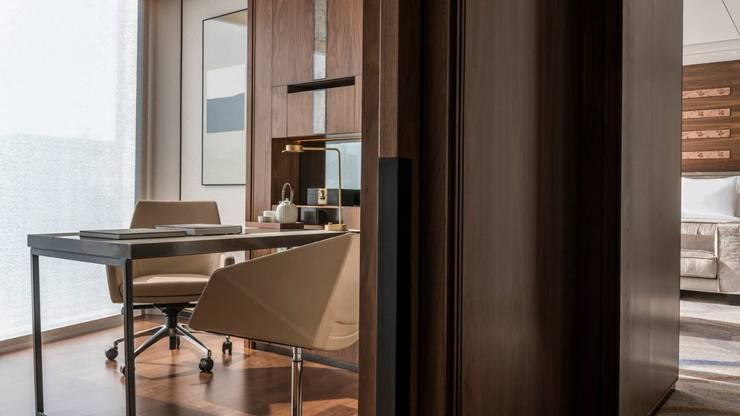 호텔 갤식: (주)기성마루의  방