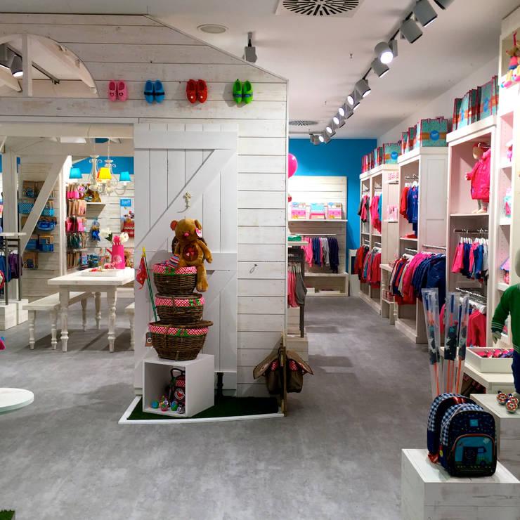Lief! Lifestyle, Berlijn:  Winkelruimten door Bleeker Concepts