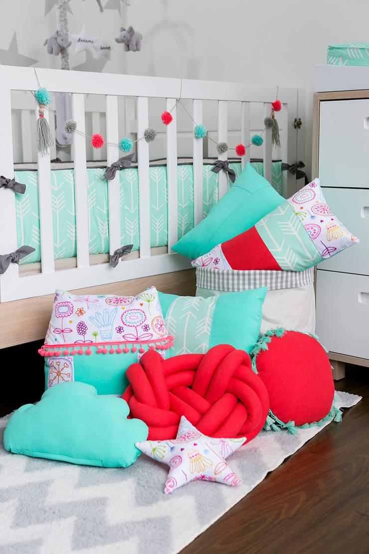 Nursery/kid's room by Little One