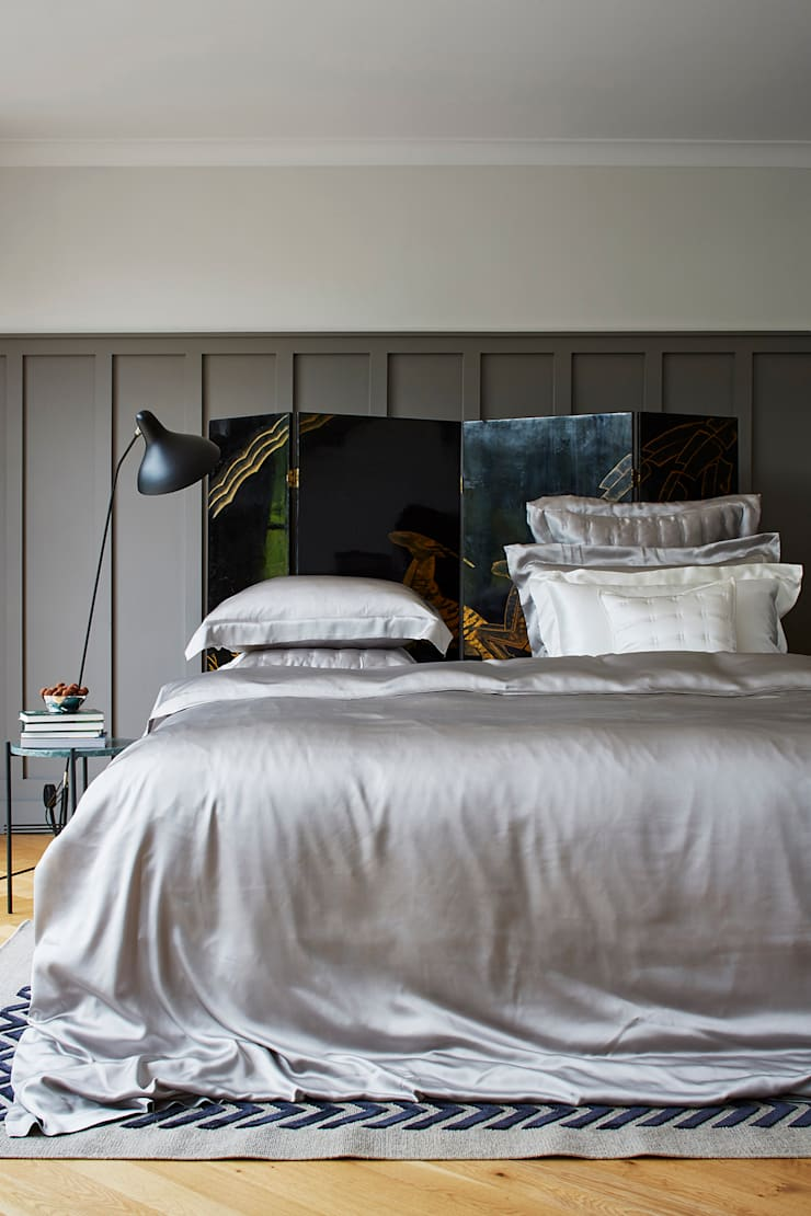 Silver Grey silk bed linen:  Bedroom by Gingerlily