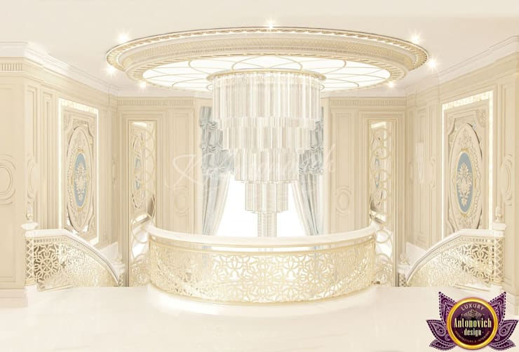   Beautiful house interiors from Katrina Antonovich:  Corridor & hallway by Luxury Antonovich Design