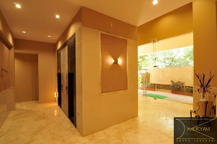 Building Lobby:  Commercial Spaces by Karyam Designs