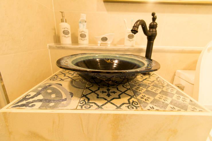 반석마을 3단지: 동감인테리어의  욕실,