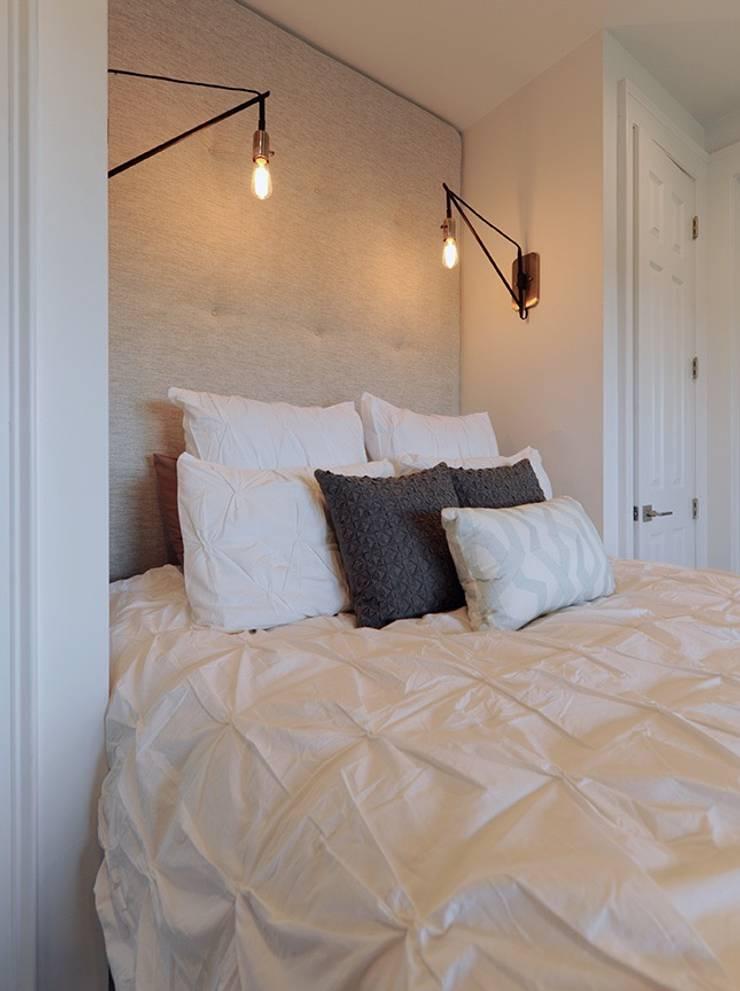 Modern Bedroom:  Bedroom by Olamar Interiors, LLC