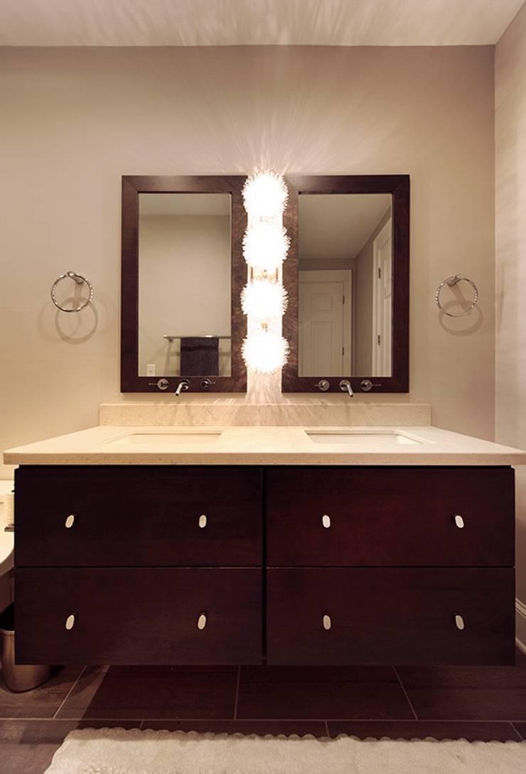 Contemporary Bathroom:  Bathroom by Olamar Interiors, LLC