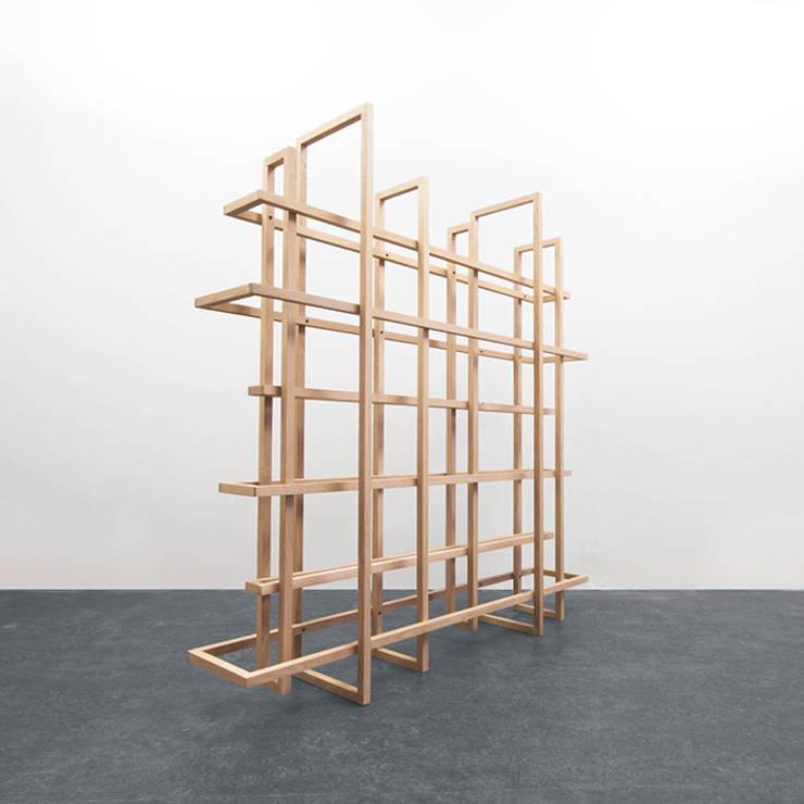 FRAMES 2.0:   door Studio Gerard de Hoop , Minimalistisch Hout Hout