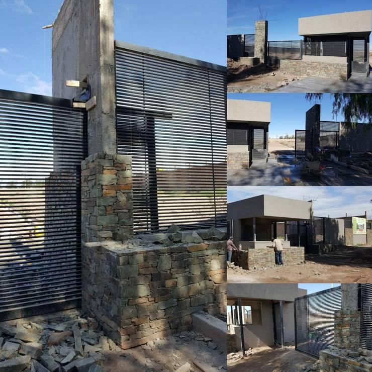 Modern houses by Estudio Karduner Arquitectura Modern Stone