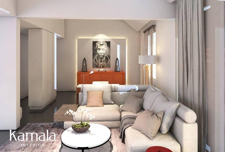 Modern Clean Living @ Kelapa Gading:  Ruang Keluarga by Kamala Interior