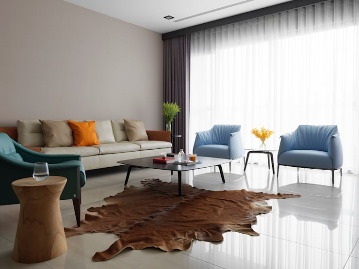 L HOUSE:  客廳 by 夏沐森山設計整合