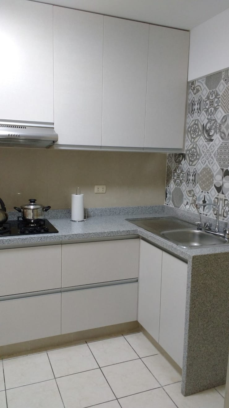 Remodelación Cocina AZ:  de estilo  por Alicia Ibáñez Interior Design,