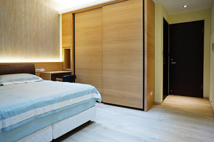全室案例-新北市張宅:  臥室 by ISQ 質の木系統家具