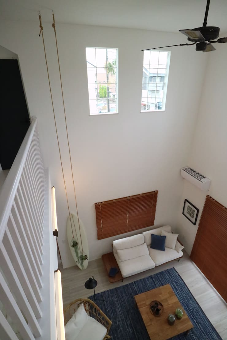 Model Room Kasiwa City: コト が手掛けた地中海です。,地中海 木 木目調