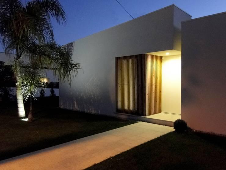 Casa RM: Casas  por arquitetura.501