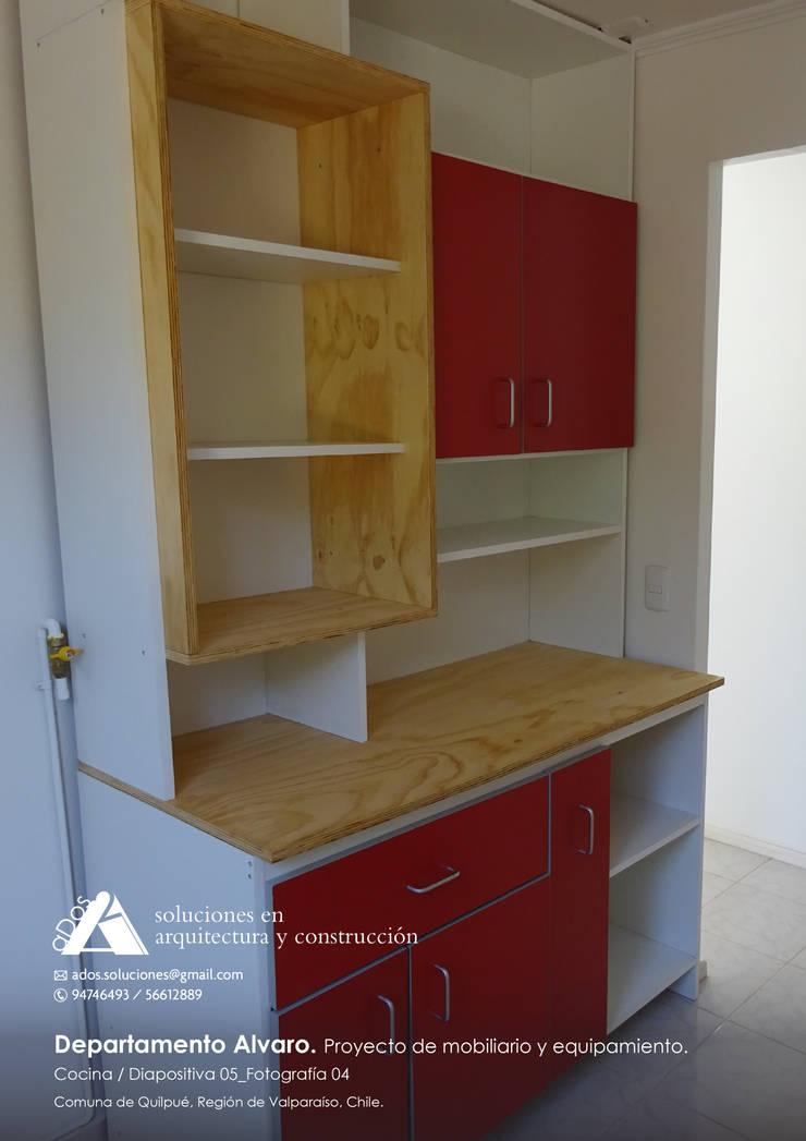 Departamento Alvaro. Proyecto de mobiliario y equipamiento: Cocina de estilo  por Ados