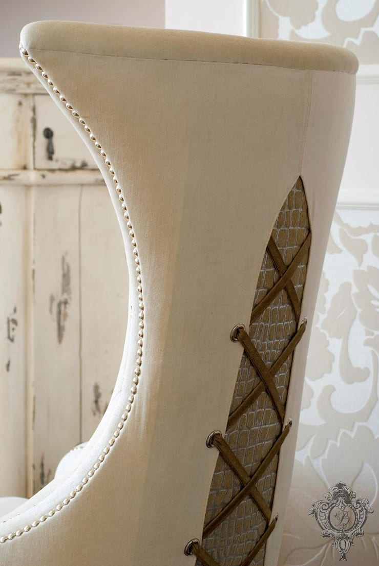 Dining Room Chair:  Dining room by Kellie Burke Interiors