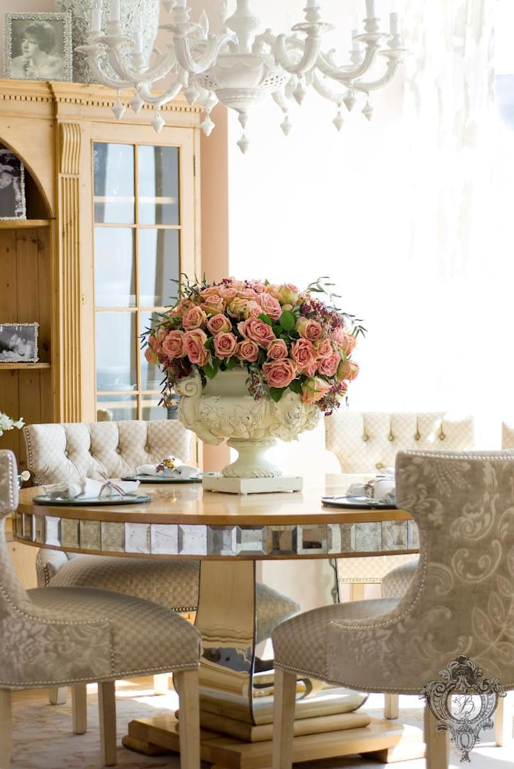 Dining Room:  Dining room by Kellie Burke Interiors