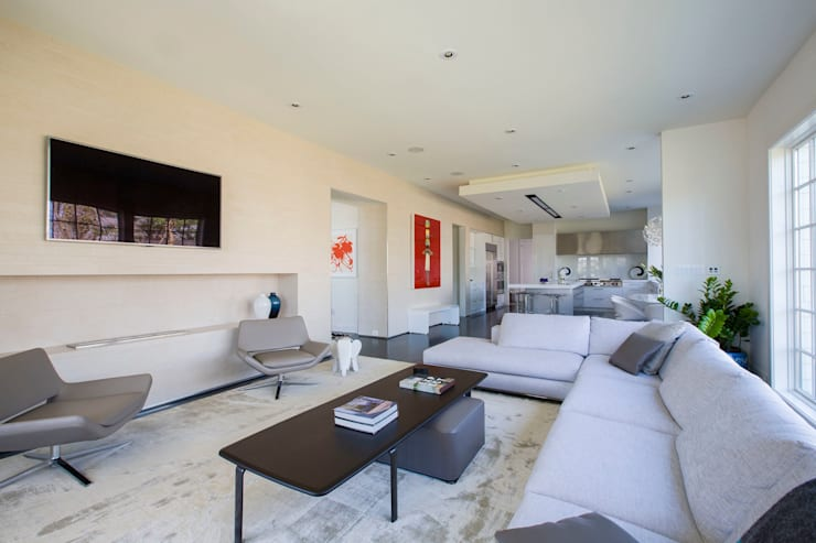 modern Living room by FORMA Design Inc.